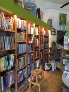 kasten met boeken