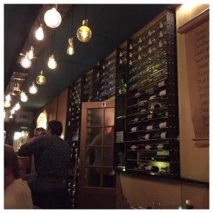 restaurant kurk den haag wijnrek