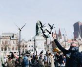 Le Marie Marché viert vrijheid op het Plein in Den Haag