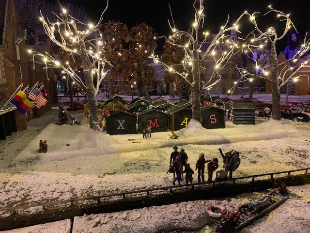 kerstmarkt in madurodam