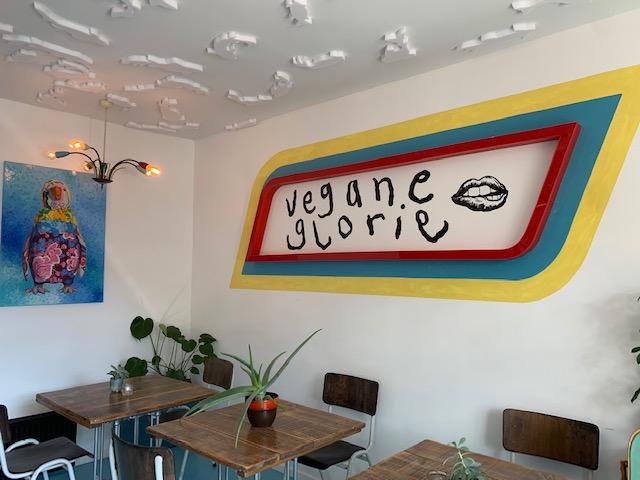 vegane glorie op de muur